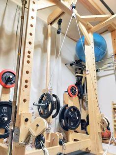 Homemade Workout Equipment, Diy Gym Equipment, No Equipment Workout, Kickboxing Workout, Plank Workout, Gym Workouts, Home Made Gym, Diy Home Gym, Gym Rack