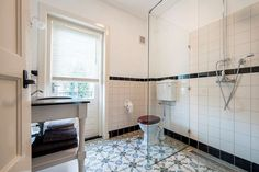 Verwonderlijk 121 Best Jaren 30 Badkamer images | Bathroom, Bathroom inspiration LC-99