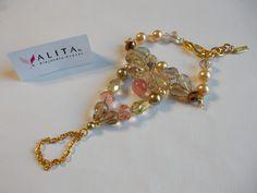 """Pulsera/anillo, tipo hindú, de mi colección """"Alita by Alejandra Aceves"""", para quinceañeras. FB: https://www.facebook.com/pages/Alejandra-Aceves-Dise%C3%B1o-de-Autor/220434194642258?ref=ts=ts"""