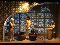 Harvey Nichols Ramadan window at MOE Fashion Window Display, Window Display Design, Store Window Displays, Shop Interior Design, Retail Design, Store Design, Ramadan Decorations, Diy Crafts Hacks, Visual Display