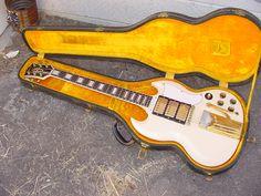 VARIAX LESTER Position 4: Bridge+Middle (1961 Gibson® Les Paul® Custom) Notable Player: Rosetta Tharpe