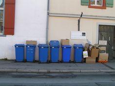 Bild zum Blogeintrag Entrümpeln von Altpapier auf http://www.tipptrick.com/2013/03/27/claudias-praktischer-ratgeber-zum-entr%C3%BCmpeln/