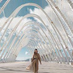 #Athens #greece    She's coming...Styling: @vniaz Model: @elisabeth_aronis