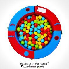 Piscină bile DISCOVERY [Rotunda]  Piscina Discovery poate transforma orice cameră într-un loc de joacă atractiv pentru orice copil. Design special conceput pentru o mai bună metodă de recunoaștere a formelor, culorilor obiectelor și a jocurilor logice. Piscina cu bile se mai poate folosi și ca țarc pentru copii, spațiu de protejare sau loc de joacă. Descoperă și învață.  #pooloball #playground #kids #kinderfun Sprinkles, Discovery, Candy, Swimming Pools, Sweet, Toffee, Candles, Candy Bars, Sweets