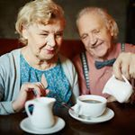 Čarolija mirisa kafe zaustavlja vreme... #uzkafu #kafa #coffee #coffeelovers #coffeelover #ljubiteljikafe #coffeehouse #nedelja #love #ljubav #years