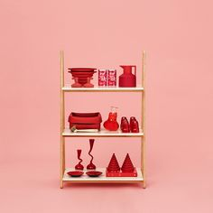 One Step Up low https://www.livingdesign.be/nl/producten/detail/one-step-up-low-normann-copenhagen