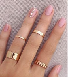 20 Pink and Pretty Nail Design Ideas, 20 Pink and Fairly Nail Design Concepts 20 rosa und hübsche Nageldesign-Ideen 20 rosa und hübsche Pink and Pretty Nail Design Ideas Related posts: 54 Unique and Beautiful Nail Designs To Tr Nail Jewelry, Dainty Jewelry, Cute Jewelry, Jewelry Accessories, Jewelry Necklaces, Women Jewelry, Fashion Jewelry, Jewelry Ideas, Gold Bracelets
