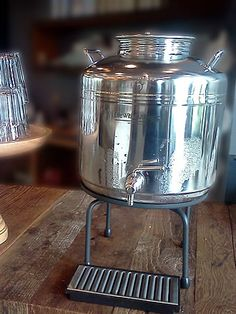 stainless steel bulk water container - life without plastic - Zero-Waste-Event-08