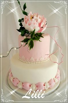 gorgeous wedding cake...