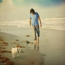 Jake Owen admits that life on the road can be a dogged trail, but there's a traveling companion who helps lighten the burden—his dog, Merle. Jake Owen, Country Music Artists, Country Singers, Internet Radio, Country Boys, Great Friends, Good Music, Cool Words, Dj