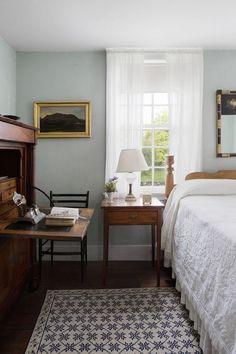 Cosy Home Interior Home Bedroom, Master Bedroom, Serene Bedroom, Warm Bedroom, Bedroom Inspo, Bedroom Inspiration, Bedroom Wall, Home Living, Living Room