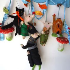 An Original  Needle Felted Halloween Hansel and Gretel Garland Handmade by MissBumbles on Etsy https://www.etsy.com/listing/246995574/an-original-needle-felted-halloween