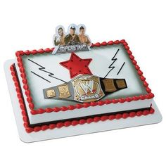 "Includes plastic pick featuring 3 wrestlers and one belt. Belt measures 8"" x 3"", pick 3"" x 4"". Please note the red star in the photo is make of icing and is not part of the kit."