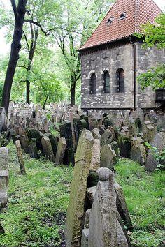 Old Jewish Cemetery - Prague, Czech Republic