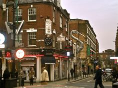 Today, it is the heart of the city's Bangladeshi-Sylheti community and is known to some as Banglatown. It is famous for its many curry houses. Tube: Aldgate East, Liverpool Street