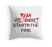 The Office US - Ryan Started the Fire Throw Pillows Office Jokes, Office Tv, Funny Texts, Funny Jokes, Hilarious, Office Parties, Office Gifts, Funny Pins, Funny Stuff