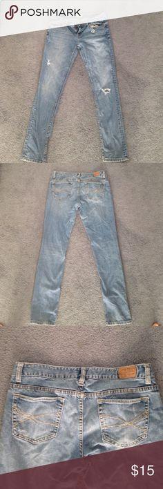 Aèropostale skinny jeans Really comfy durable skinny jeans. Size 11/12 regular cut. Fit slightly smaller.  Aeropostale Jeans Skinny