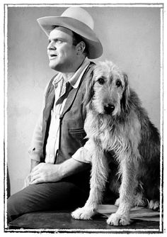 Hoss and Walter, the prodigious dog (Bonanza) Hollywood Stars, Classic Hollywood, Bonanza Tv Show, Pernell Roberts, Hottest Male Celebrities, Celebs, Michael Landon, Childhood Movies, Tv Westerns