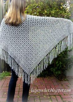 A free crochet pattern of the spider stitch shawl. Do you also want to crochet this shawl? Read more about the Free Crochet Pattern Spider Stitch ShawlLacy Crochet: Spider Stitch Shawl Made this for Margaret in light gray.irst st of row, *ch skip 1 d Poncho Au Crochet, Crochet Prayer Shawls, Crochet Shawls And Wraps, Knit Or Crochet, Crochet Scarves, Crochet Crafts, Crochet Clothes, Crochet Stitches, Shawl Patterns