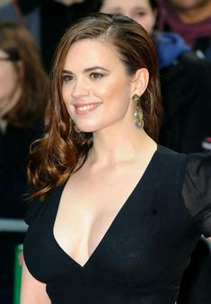 as much as those sweet, fat, luscious tits of hers do! Beautiful Celebrities, Beautiful Actresses, Gorgeous Women, Peggy Carter, Actress Hayley Atwell, Hayley Elizabeth Atwell, Hayley Attwell, London Girls, Woman Crush