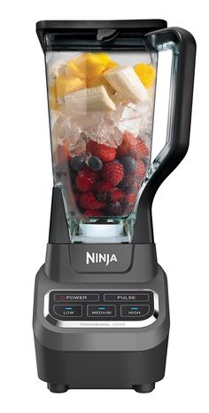 The Ninja Professional Blender 1000 features a sleek design and outstanding performance with 1000 watts of professional power. professional blender jar is great for making drinks and smoothies for the whole family. Ninja Mixer, Ninja Blender, Cooking Gadgets, Cooking Tools, Kitchen Gadgets, Protein Shakes, Ninja Professional Blender, Electric Skillet Recipes, Essential Kitchen Tools