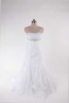 Strapless A-line tulle bridal gown. I love this!!