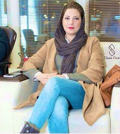 Tannaz Tabatabaei Iranian Beauty, Muslim Beauty, Turkish Beauty, Casual Winter Outfits, Dressy Outfits, Cool Outfits, Iranian Women Fashion, Womens Fashion, Iranian Actors