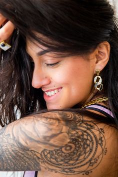Karuna Ezara Parikh for Zariin Featuring Day & Night collection - Pearl Earrings, Hoop Earrings, Real Women, Pearls, Jewelry, Fashion, Jewellery Making, Moda, Bead Earrings