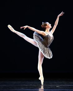 """Isabella Boylston, """"Divertimento Nº 15"""" choreography by George Balanchine and music by Wolfgang Amadeus Mozart (Divertimento Nº 15 in B-flat major), American Ballet Theatre - Photographer Rosalie O'Connor"""