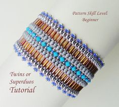 PROJECT SKILL LEVEL: intermediate. LANGUAGE: English  This is a tutorial only. No beads and no finished product are included in this sale.