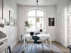 Teal is one of those appealing shades that can work in almost any decor style. You can paint your walls, bring in furniture, or accessorize with the versatile color. Teal can work with shades of...
