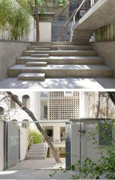 Precast Concrete, Concrete Blocks, Exhibition Space, Ceiling Height, Winter Garden, Apartment Design, Skylight, Second Floor, Beams