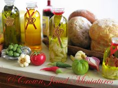 One 1:12 Bottle of SPECIAL RESERVE Garlic Infused Olive Oil by IGMA Artisan…