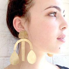 -lightweight, hand-cut hammered shapes -satin gold, burnished silver, blue oxide or matte black finish -Gold filled or sterling silver ear posts...