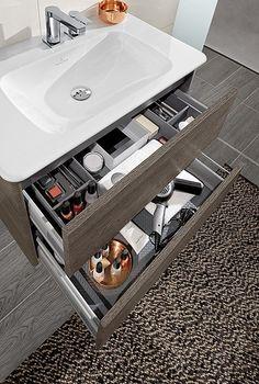 Badezimmer holzschrank waschbecken gr ne dekoartikel for Badezimmer dekoartikel