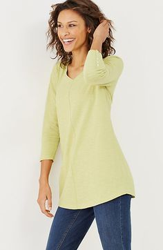 buttoned-sleeve tunic