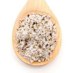 Pétalos de Sal Boletus Delicados y crujientes Pétalos de Sal® mezclados el más exquisito Boletus que, juntos, se fusionan en el plato realzando los sabores.
