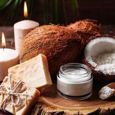DIY-Kosmetik-Rezept für selbst gemachte Kokosöl Seife aus nur 4 Zutaten - bewahrt die Hände vor dem Austrocknen ...