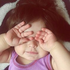 ideas style hijab bebe for 2019 Cute Little Baby Girl, Cute Kids Pics, Cute Baby Girl Pictures, Little Babies, Cute Pictures, Baby Girls, Cute Babies Photography, Cute Baby Wallpaper, Cute Baby Videos