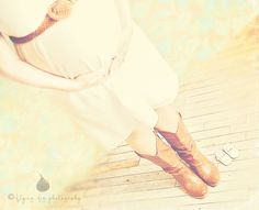 Definitely want this maternity shot with the cowboy boots