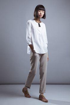 Look Elisa Rivera con camisa blanca con pespuntes. #womenswear #womenstyle #stylish #cute #fashionwomen