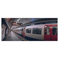 No. 480  Os dejo un frame de mi último viaje a Londres acompañado de @lacamaraconalas y su Horizon 202 #HorizontesLejanos