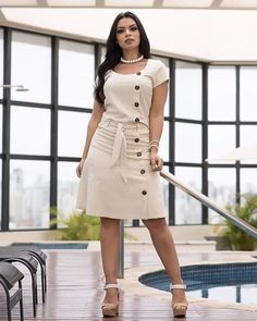Moda evangélica: ideias de looks para o dia a dia in 2020 African Fashion Dresses, African Dress, Fashion Outfits, Linen Dresses, Casual Dresses, Summer Dresses, Dresses Dresses, Classy Dress, Classy Outfits