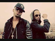 Wisin & Yandel - Mujeres In The Club (lyrics)