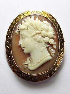 LOVELY ANTIQUE ITALIAN 14K ROSE GOLD NATURAL SHELL CAMEO BROOCH DEMETER c1870