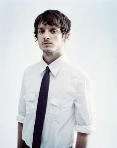 You may or may not have a problem when you pull up an actor's IMDb page in one tab and Amazon.com in the other, just so that you can get your hands on every single project he's been in...Elijah Wood, my first major obsession with Hollywood men. I suppose I can thank Frodo Baggins for that one.
