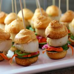 Grilled Scallop Sliders Appetizers //