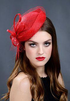 Red elegant pillbox hat for your special occasions Blush Pink Fascinator, Black Fascinator, Fascinator Hats, Pillbox Hat, Fascinators, Women Clothing Stores Online, Red Hat Ladies, Vintage Veils, Wedding Hats