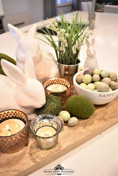If you are looking for some Tips for Creating Simple Spring or Easter Decor, stop by my new post with some cute and festive ideas! # easter table decor Tips for Creating Simple Spring or Easter Decor - Home with Holliday Easter Dinner, Easter Brunch, Easter Party, Diy Osterschmuck, Easy Diy, Fun Diy, Easter Table Settings, Setting Table, Diy Easter Decorations