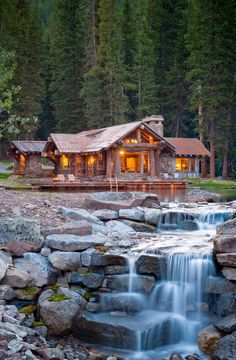 Dan Joseph Architects - beautiful mountain cabin with its own stream